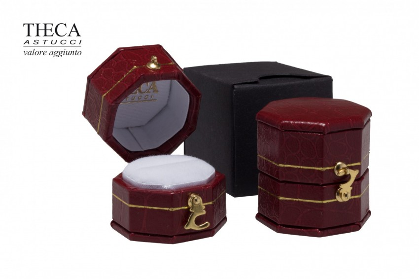 Jewelry box Wrapped boxes Giava Giava octagon ring 31x31x32 red