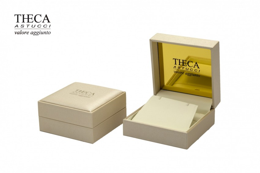Jewelry boxes Jewelry box leatherette Atlas gold Atlas gold presentation box for ring earrings 104x104x51 cream