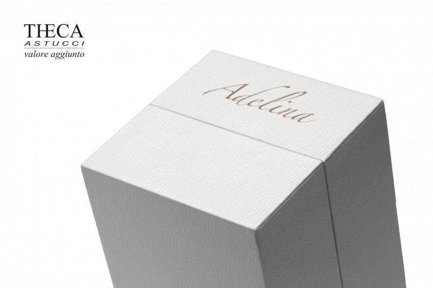 Jewelry boxes Jewelry box with name Valentino name Valentino presentation box for ring 70x70x90