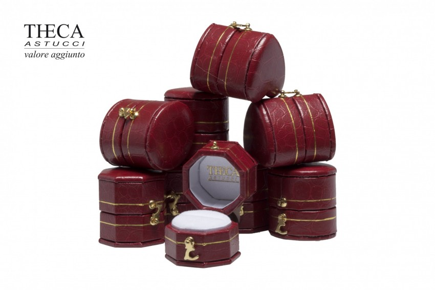 Jewelry box Wrapped boxes Giava Giava kit 31x31x32 red