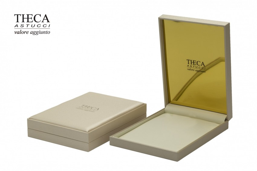 Jewelry boxes Jewelry box leatherette Atlas gold Atlas gold presentation box for necklace 160x221x40 cream