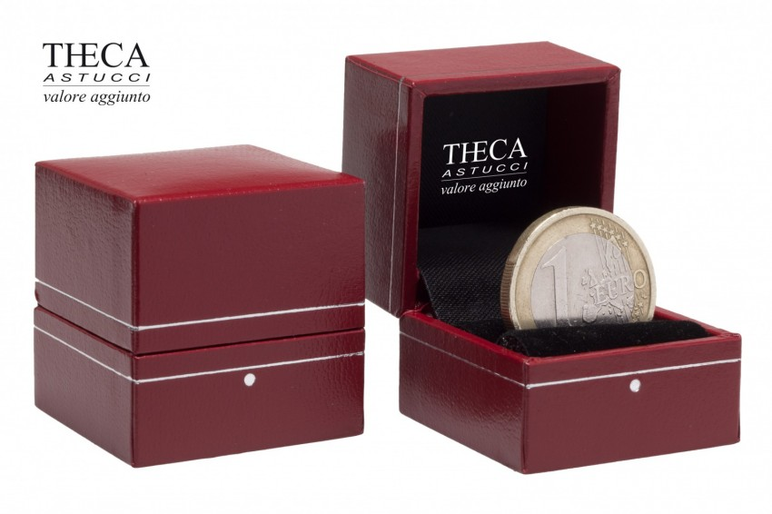 Jewelry box Wrapped box Ambra Ambra ring 33x33x33 red