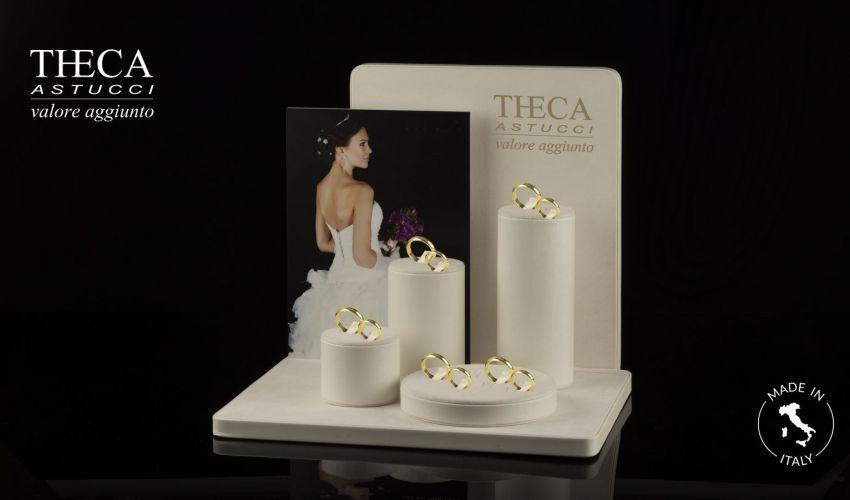 Wedding rings display Tivoli